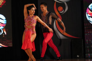 Almendra Navarrete & Richie Torres
